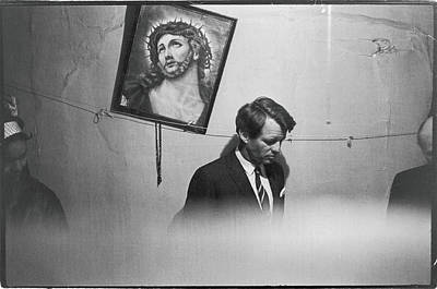 Indoors Photograph - Rfk Tours A Tenement by Fred W. McDarrah
