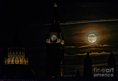 Hollywood Style - Rising full moon over Parliament by Robert McAlpine