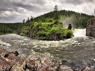 Photograph - River Course by Leland D Howard