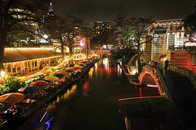 Photograph - River Walk, San Antonio, Texas, Showing by Yinyang