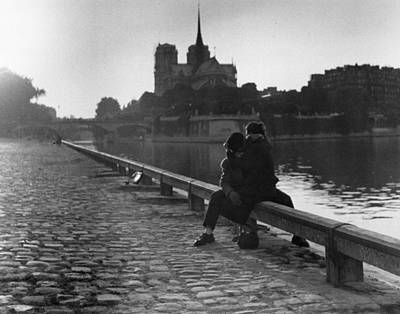 Photograph - Riverside Kiss by Thurston Hopkins