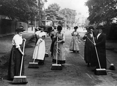 Photograph - Road Sweepers by Hulton Archive