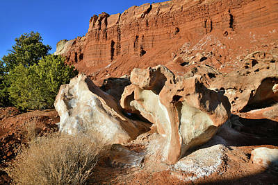 Photograph - Roadside Eroded Boulders In Capitol Reef Np by Ray Mathis