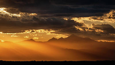 Photograph - Rocky Mountain Sunset by Todd Henson