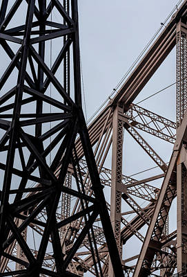 Photograph - Roosevelt Island Tram Pylon And 59th Street Bridge by Robert Ullmann