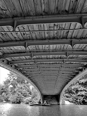Photograph - Rowing Under Bow Bridge B W by Rob Hans