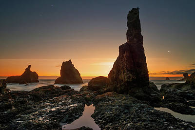 Photograph - Rugged Coast Evening by Leland D Howard