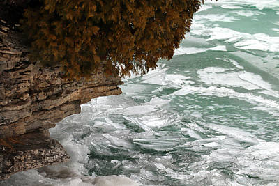 Photograph - Rugged Rock And Ice by David T Wilkinson