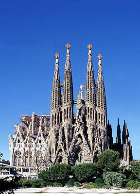 Spain Photograph - Sagrada Familia Barcelona by Peter Phipp