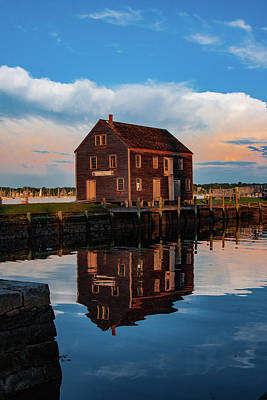 Photograph - Salem Mass - Pedricks Store House by Jeff Folger