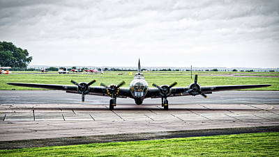 Photograph - Sally-b Head On by Scott Lyons