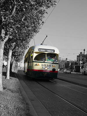 Photograph - San Francisco - The F Line Car 1072 by Richard Reeve