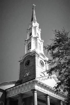 Photograph - Savannah Georgia Independent Presbyterian Church Steeple In Charcoal by Carol Montoya