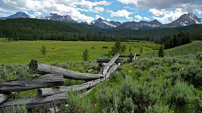 Sawtooth Range And 1975 Pole Fence Art Print