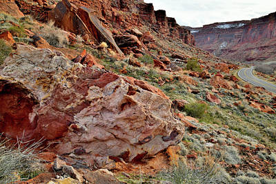 Photograph - Scenic Byway 128 Along Colorado River In Utah by Ray Mathis