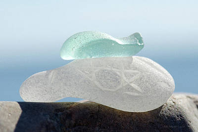 Photograph - Sea Glass Thirty One by WB Johnston