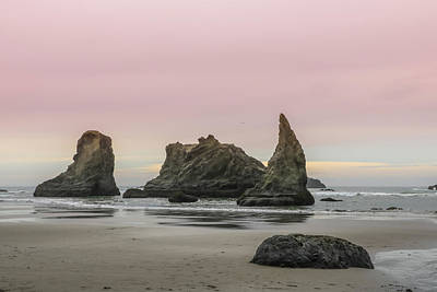 Photograph - Sea Stack And Spires Sunset 3, Bandon Beach, Oregon by Dawn Richards