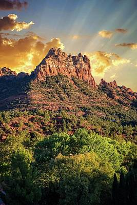 Photograph - Sedona Sunrise Rays by Lynn Bauer