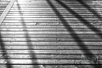 Photograph - Shadows Fade On The Brooklyn Bridge by John Rizzuto