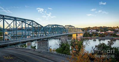 Photograph - Signs Of Fall In Chattanooga Tennessee  by David Levin