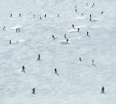 Skiing Photograph - Skiing In Mayrhofen Austria by Mike Harrington
