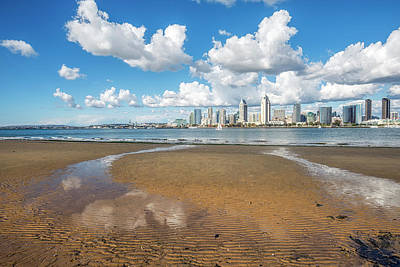Photograph - Skyline At Low Tide #1 by Joseph S Giacalone