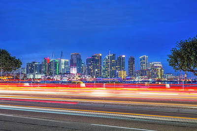 Photograph - Skyline Streaks by Joseph S Giacalone
