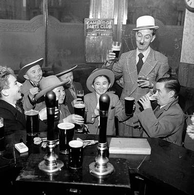 Pub Photograph - Small Drink by George Douglas