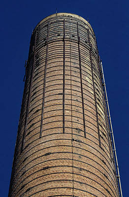 Photograph - Smokestack by Robert Ullmann