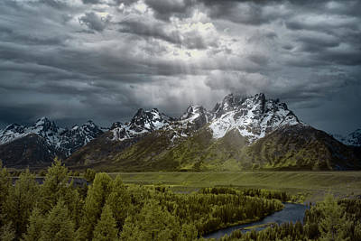 Reptiles Royalty-Free and Rights-Managed Images - Snake River Tetons by Jon Glaser