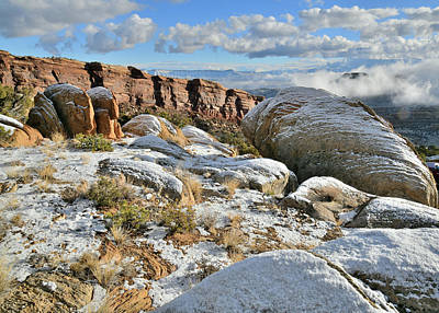 Photograph - Snow Covered Boulders Above Rim Rock Drive by Ray Mathis