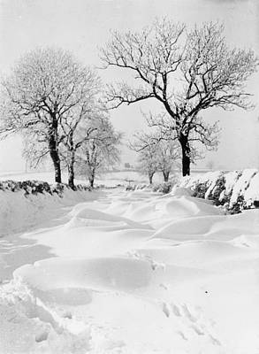 Photograph - Snow Lane by Hulton Archive