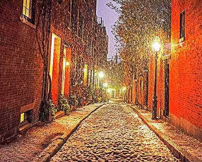 Photograph - Snowstorm On Acorn Street Boston Ma by Toby McGuire