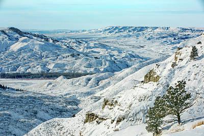 Photograph - Snowy Breaks by Todd Klassy