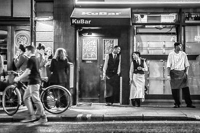 Photograph - Soho Break Time by Thomas Gaitley