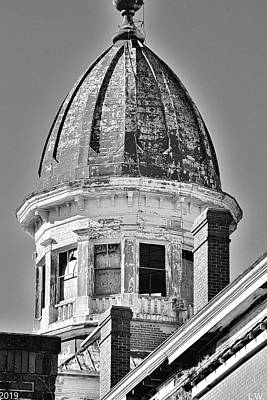 Photograph - South Carolina State Hospital Dome Black And White by Lisa Wooten