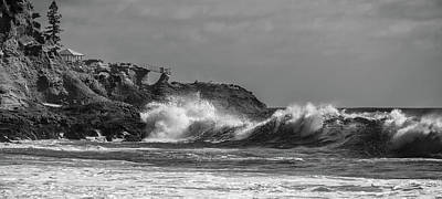 Photograph - South Swell South Laguna Bw by Cliff Wassmann
