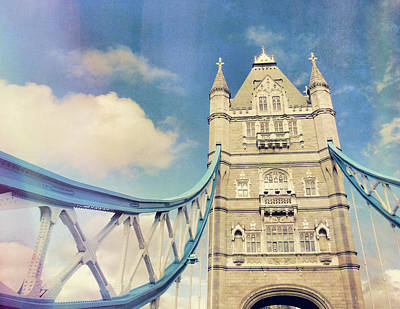 Beers On Tap - Span The Thames by JAMART Photography