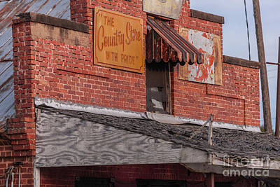 Photograph - Spartanburg County Country Store by Dale Powell