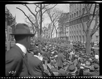 Photograph - Spectators Watching World War I Victory by The New York Historical Society