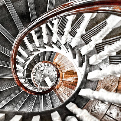 Photograph - Spiral Staircase by Sharon Popek