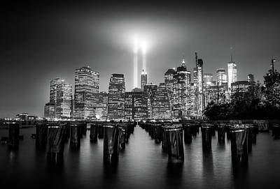 Times Square Wall Art - Photograph - Spirit Of New York by Nicklas Gustafsson