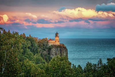Photograph - Split Rock Lighthouse At Sunset by Susan Rissi Tregoning