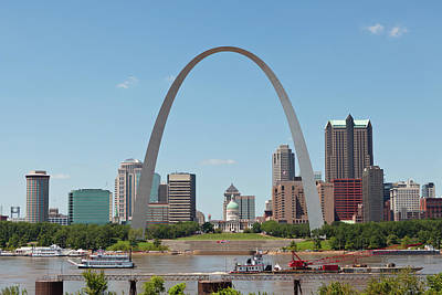 St. Louis Arch Wall Art - Photograph - St. Louis Skyline With The Gateway Arch by Kubrak78