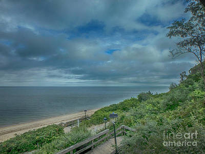 Photograph - Stairs To The Beach by Judy Hall-Folde