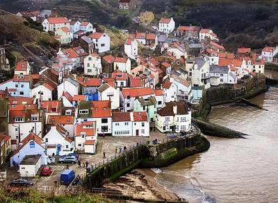 Photograph - Staithes Harbour by William Beuther