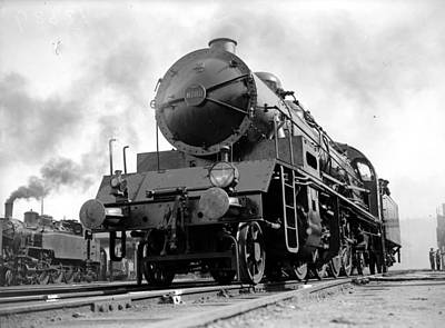 Photograph - Steam Locomotive by Fox Photos