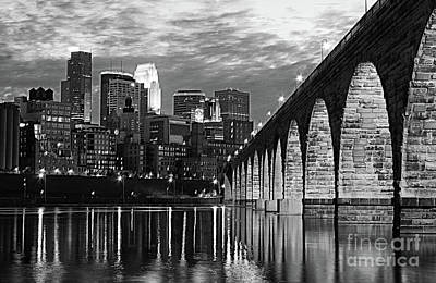 Photograph - Stone Arch Bridge Minneapolis Bw V3 by Wayne Moran