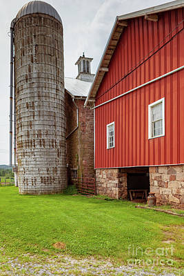 Photograph - Stone Barn With Silo by George Sheldon