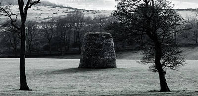Photograph - Stone Building Near Hopton Incline by Scott Lyons
